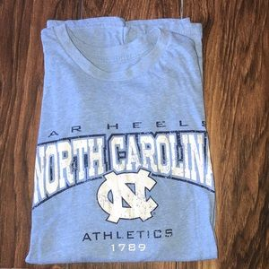 UNC University of North Carolina Tar heels T shirt